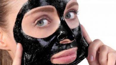 صورة ماسك الفحم لبشرة أكثر نضارة