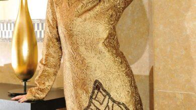صورة إطلالة مميزة للديڤا في فستانها الذهبي