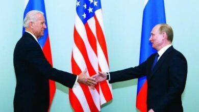 صورة بايدن يمدد العقوبات على روسيا بسبب أزمة القرم